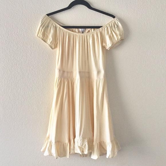 39f97d1ad398 NWT Tobi pastel yellow off the shoulder dress